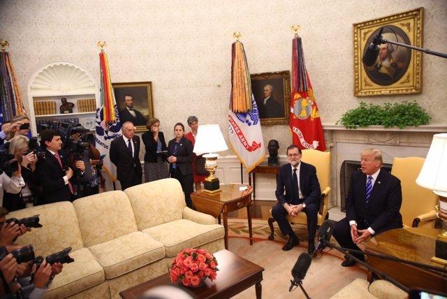 Trump se reúne con Rajoy en el Despacho Oval de  la Casa Blanca