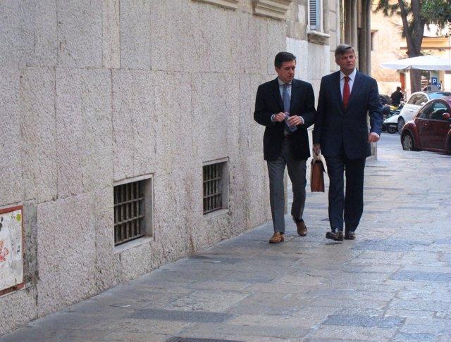 Jaume Matas y su abogado, José Zaforteza