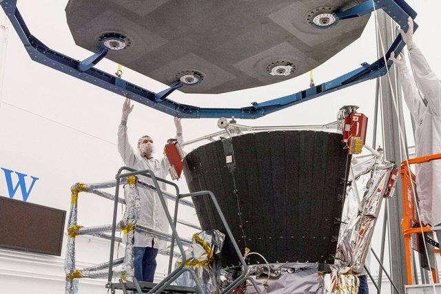 Ajuste del escudo térmico en la Parker Solar Probe