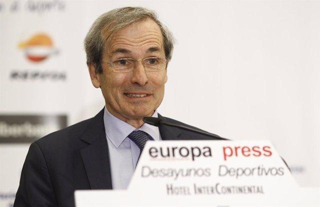El Embajador de Francia en España, Yves Saint-Geours, en los Desayunos Deportivo