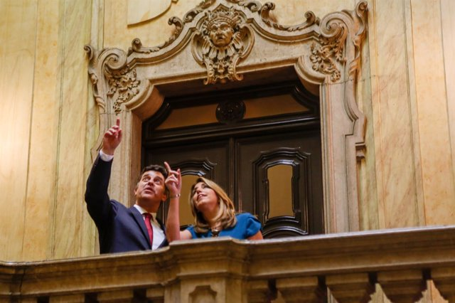 Susana Díaz, con el ministro de Economía portugués, Manuel Caldeira