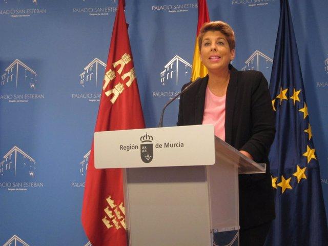 La portavoz Noelia Arroyo tras Consejo Gobierno