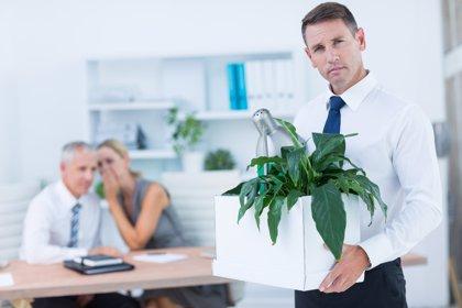 La inversión emocional: ¿por qué nos cuesta dejar lo que nos hace daño?