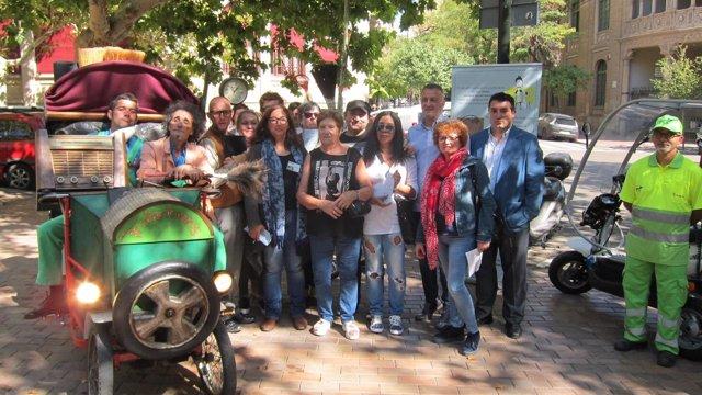 Proyecto para promover la recogida de excrementos caninos en Zaragoza
