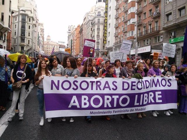 Manifestantes en la movilización por el aborto libre en Madrid