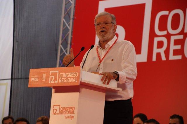 Juan Carlos Rodríguez Ibarra en el 12 Congreso del PSOE