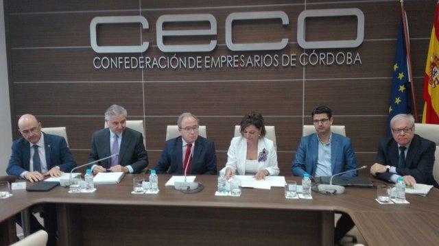 Autoridades en las jornadas organizadas por CECO