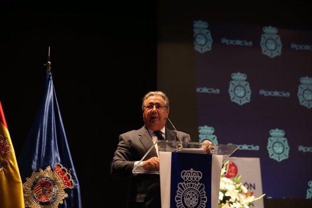 Zoido, en la entrega de premios de la Fundación Policía Nacional