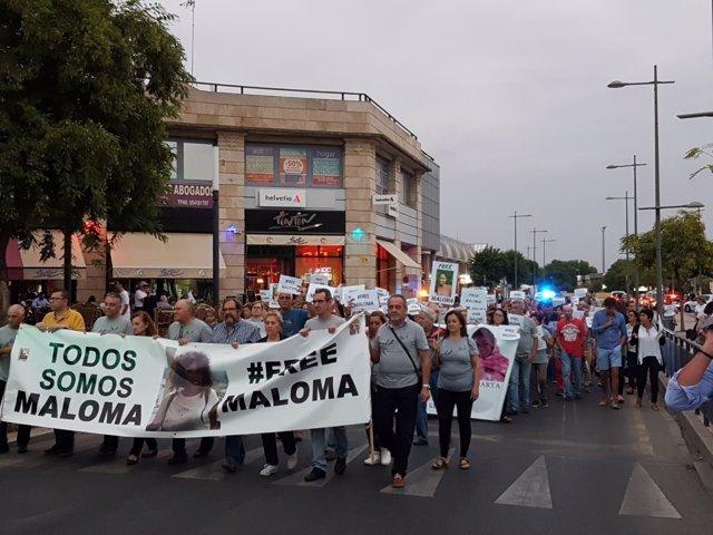 Manifestación en apoyo a la familia adoptiva de Maloma