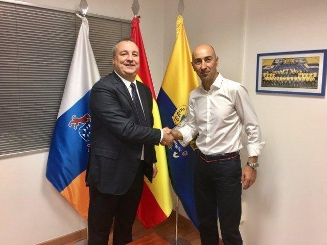 Pako Ayestarán firma como técnico de Las Palmas