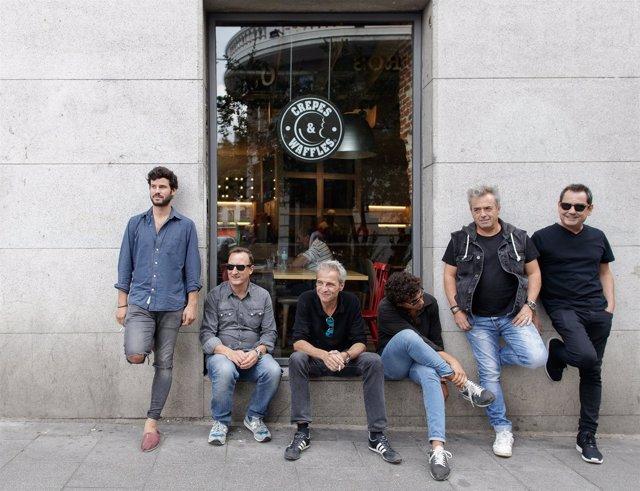 Taburete y hombres g agotan entradas para su for Entradas concierto taburete