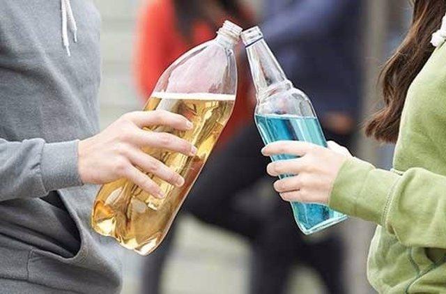 Jóvenes, alcohol,