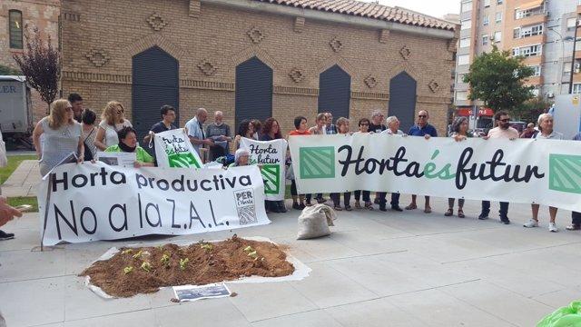 Manifestación por la recuperación de la ZAL de València como zona de huerta