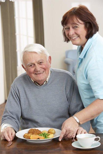 El 70% de las personas mayores no hace un desayuno saludable