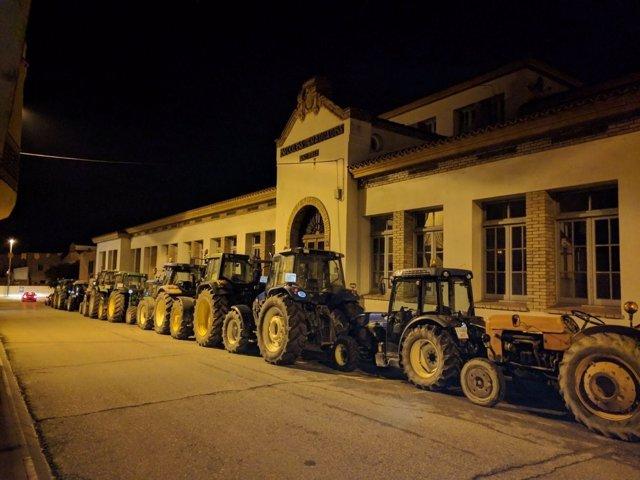Tractores para que se pueda votar en los colegios el 1-O