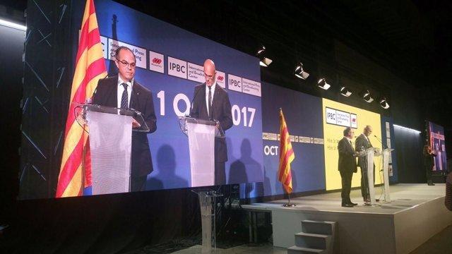 Rueda de prensa de los consellers Jordi Turull y Raül Romeva por el 1-O