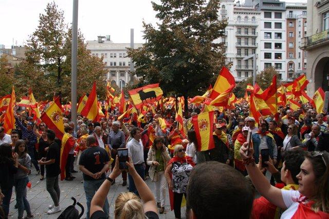 Concentración en Zaragoza contra el referéndum.
