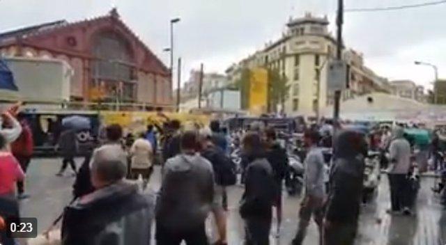 Captura de vídeo en el que Interior denuncia agresiones a policías y guardia civ
