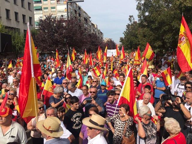 """Concentración para """"dar apoyo a la Constitución"""" en Granada"""