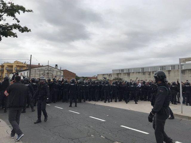 Guardia Civil en Sant Julià de Ramis este 1-O