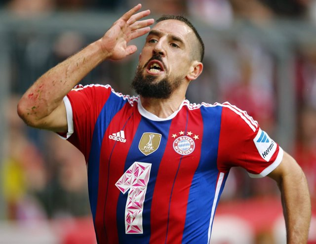 Ribery celebra el gol ante el Stuttgart