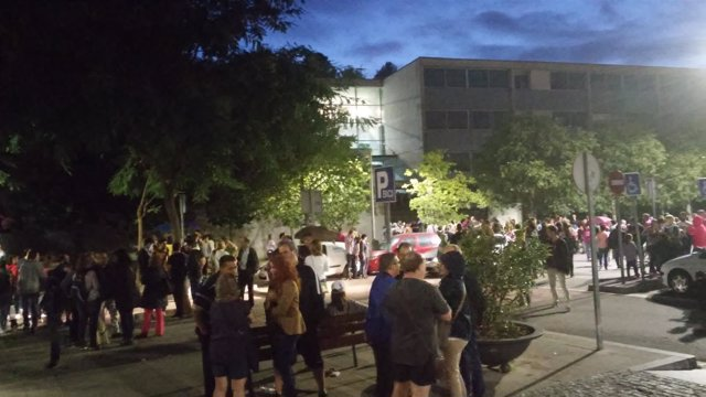 Cierra el colegio electoral de Sant Andreu de la Barca