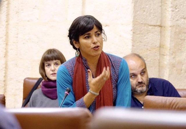 La líder de Podemos Andalucía, Teresa Rodríguez, durante la sesión de control
