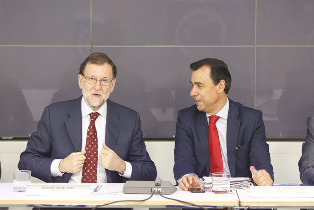 Fernando Martínez Maillo y Rajoy en la reunión del Comité Ejecutivo del PP