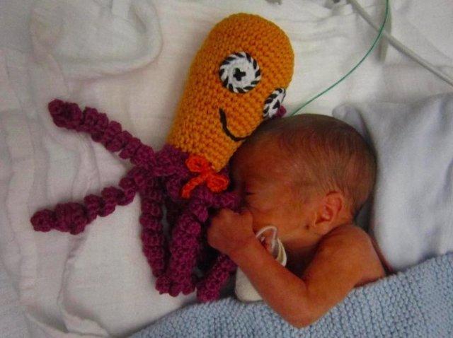 Pulpos Solidarios Para El Buen Desarrollo De Los Beb 233 S