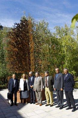 La presidenta de Tragsa, Elvira Rodríguez, con miembros del Mapama