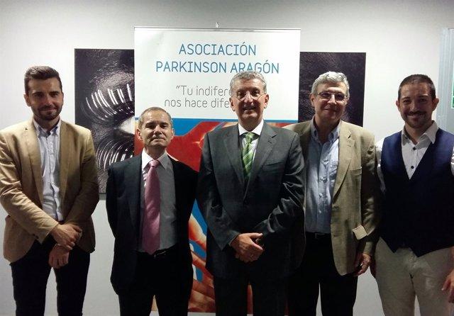 El IASS recinbe premio Interés Social y Cultural de Asociación Parkinson Aragón