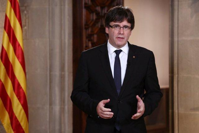 Declaración institucional del presidente de la Generalitat, Carles Puigdemont