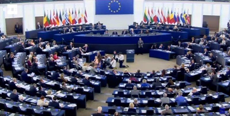 """Parlamento Europeo: """"Ningún eurodiputado tiene mandato para hablar en nombre de la Cámara sobre el 1-O"""