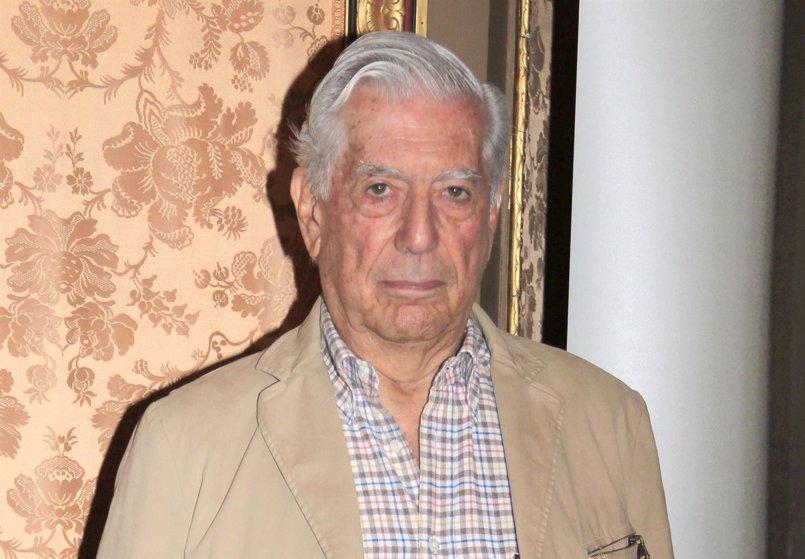 Mario Vargas Llosa alza su voz ante la polémica catalana