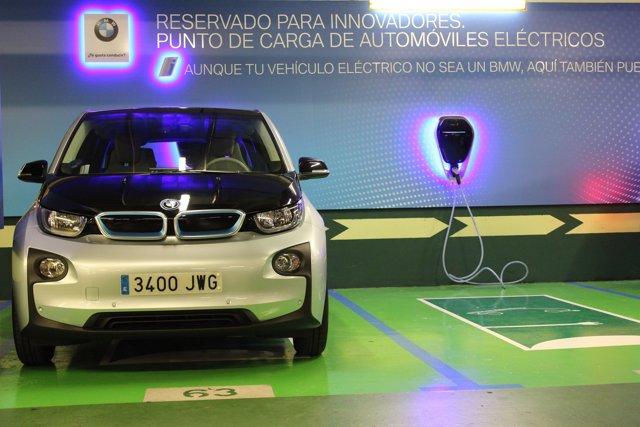 BMW y El Corte Inglés estación de carga