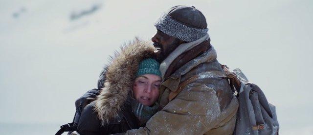 Idris Elba y Kate Winslet protagonizan La mañontaña entre nosotros