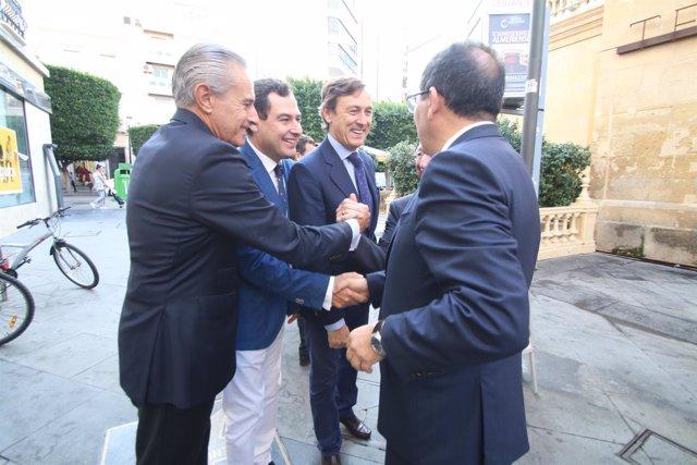 Hernando y Moreno a su llegada al desayuno informativo de  Europa Press