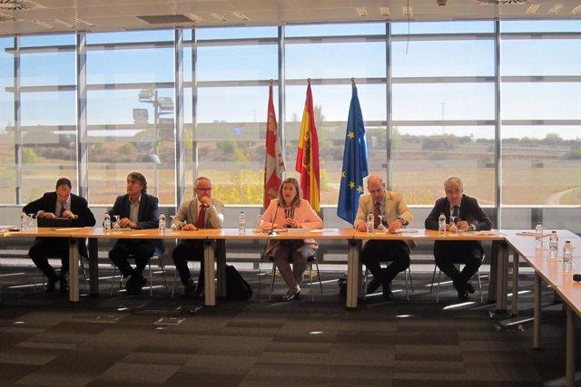 Del Olmo preside la reunión sobre el Plan de Dinamización minero