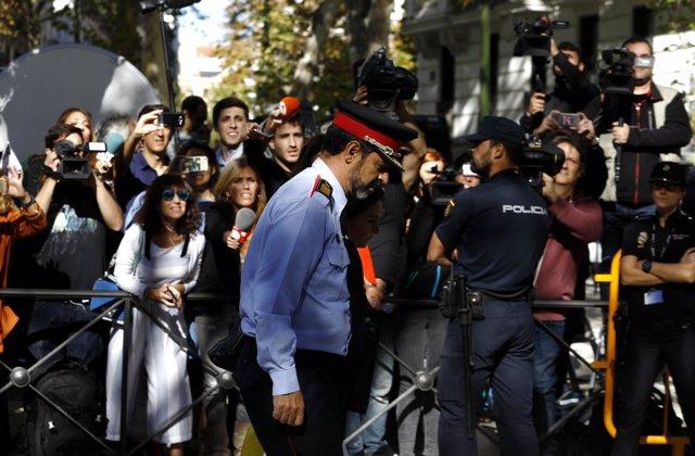 Trapero sale tras declarar en la Audiencia Nacional