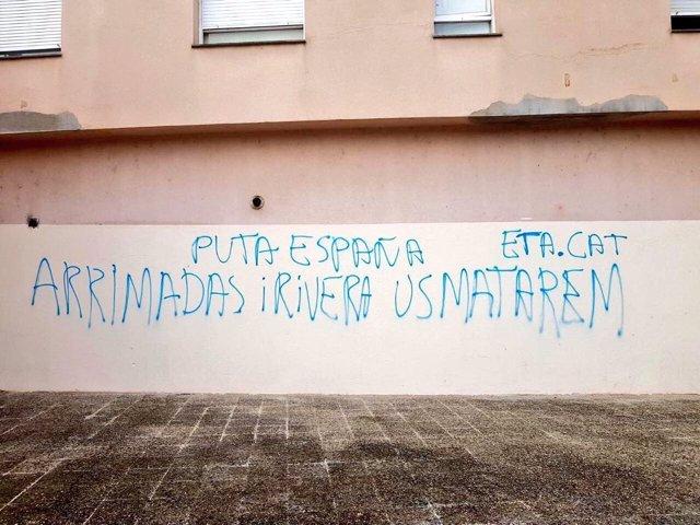 Cs denuncia una amenaza de muerte contra Rivera y Arrimadas en una pintada