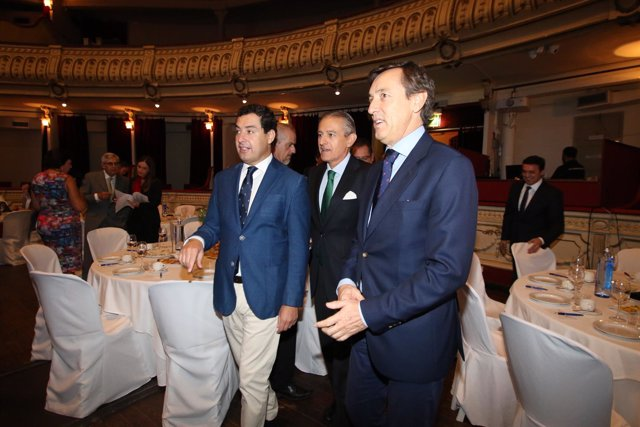 Moreno y Hernando, a su llegada al desayuno informativo de Europa Press