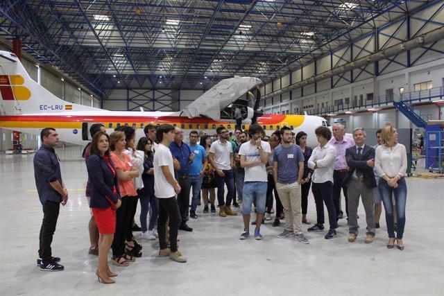 Visita Air Nostrum Alumnos Cátedra Consejo Social
