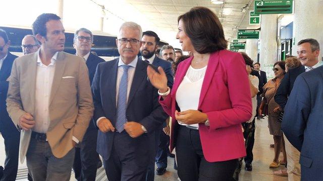 Jiménez Barrios en la inauguración de la estación de autobuses de Cádiz