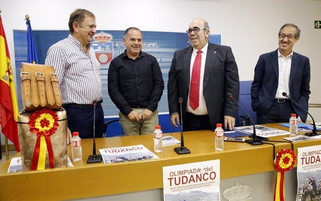 11:00Sala De Prensa Del Gobierno De Cantabria El Consejero De Medio Rural, Pesca