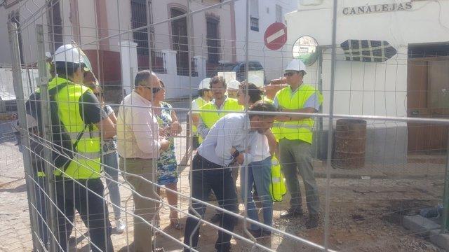 José Fiscal visita las obras de la depuradora de Constantina