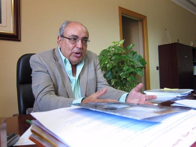 El presidente de la CHG, Antonio Ramón Guinea