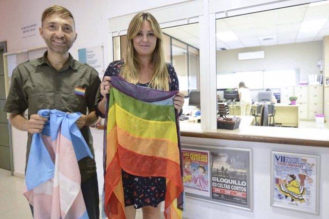 Gonzalo serrano y Aida Blanes gay punto de información LGBTI
