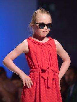 Sofía, modelo de 10 años con síndrome de Down