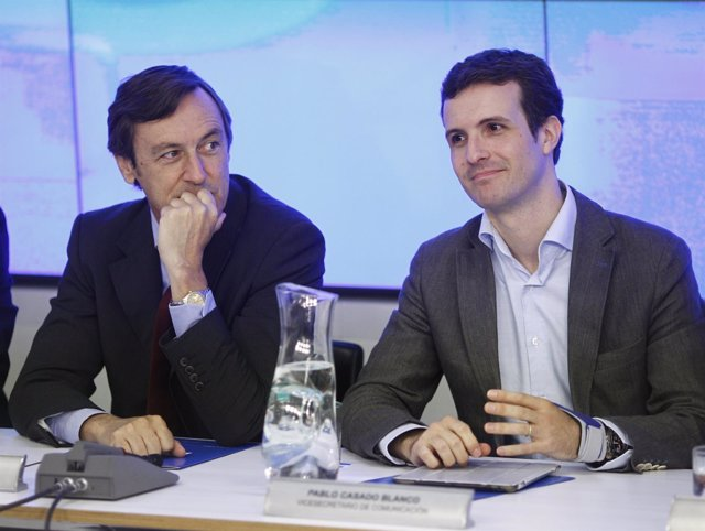 Rafael Hernando y Pablo Casado