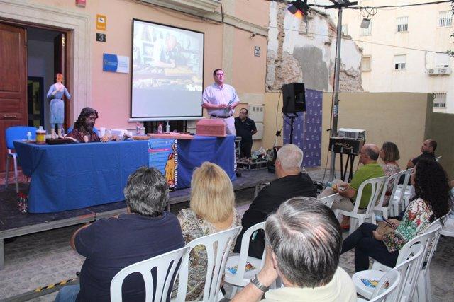 La Plaza Julio Alfredo Egea ha acogido la tercera de las 'Tardes del IEA'.